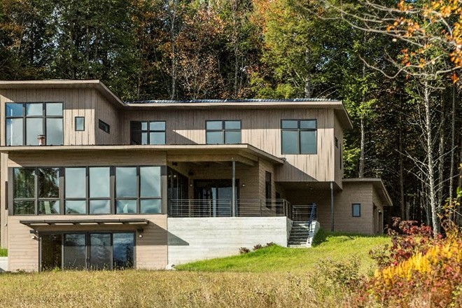 PASSIVE HOUSE ON A HILL